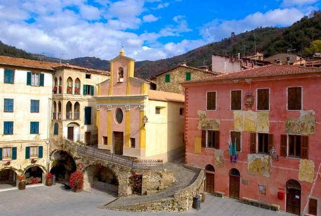 apricale place