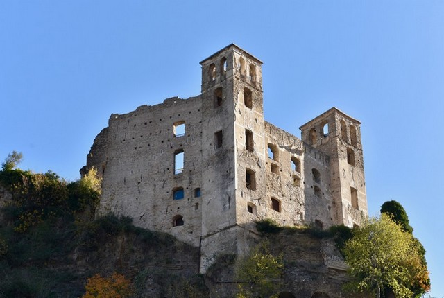dolceasqua château