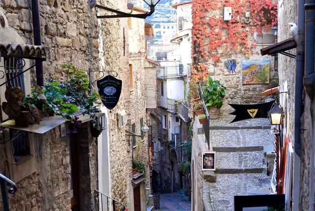 Village Ligurie centre historique